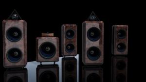 Kombination von Stereo- und Surround-Anlage